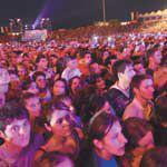 Shakira: concert in picioarele goale