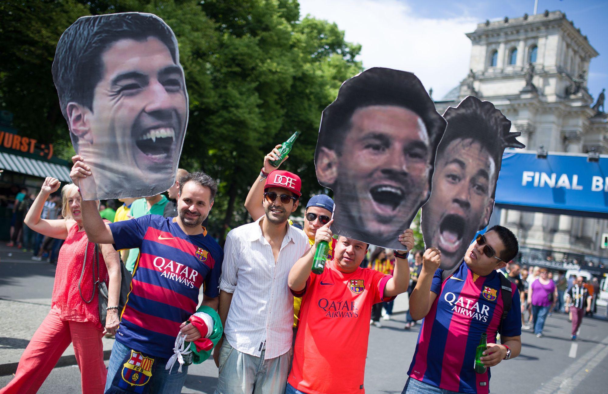 """LIGA CAMPIONILOR. JUVENTUS TORINO – FC BARCELONA 1-3. ^Finală de vis! """"Extratereştrii"""" au cucerit pentru a cincea oară cel mai râvnit trofeu european la nivel de cluburi şi au realizat a doua triplă din istoria clubului: campionat, Cupa Spaniei, UCL / LIVE BLOG"""
