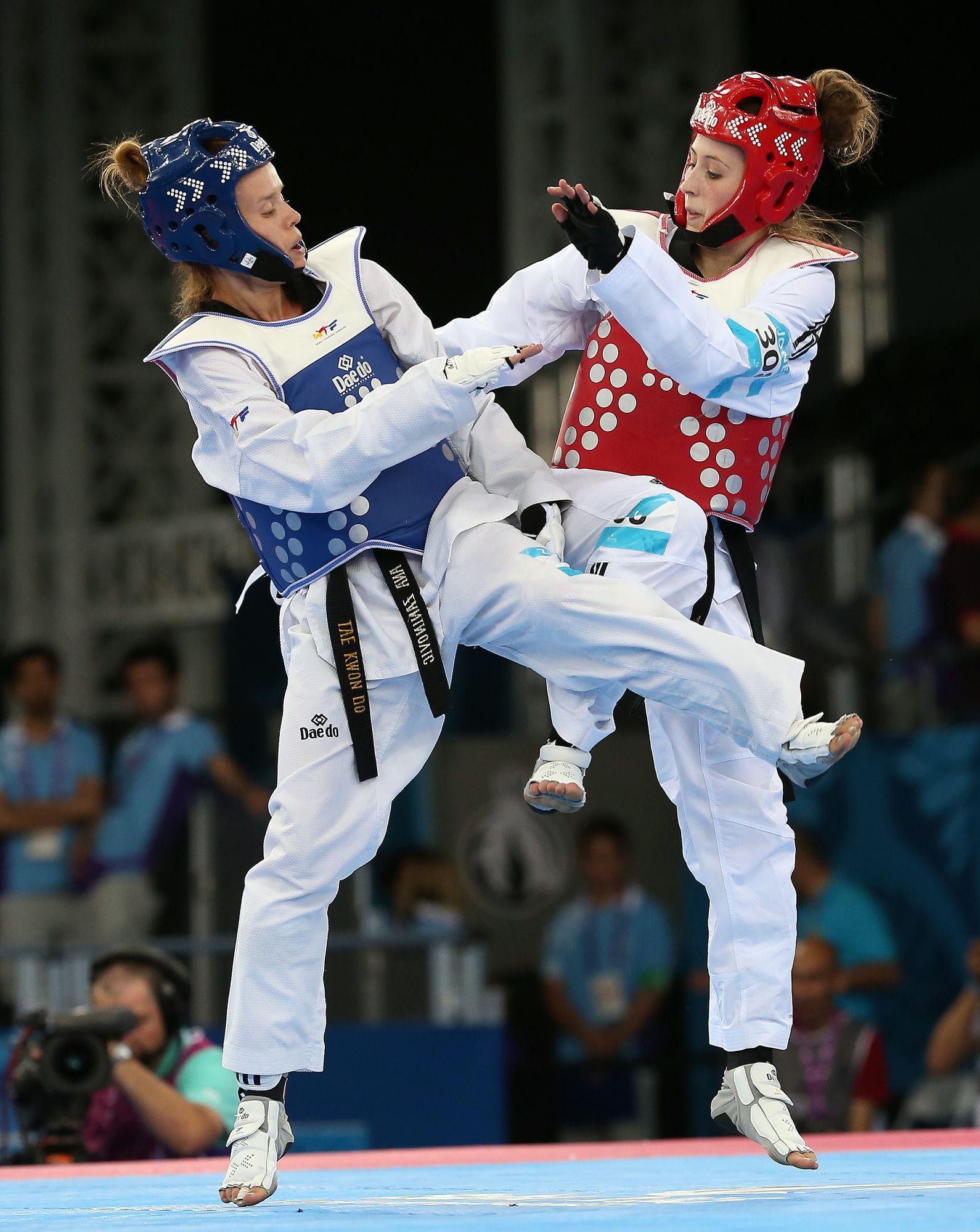 Sportivele sexy şi rele fac deliciul Jocurilor Europene de la Baku / GALERIE FOTO