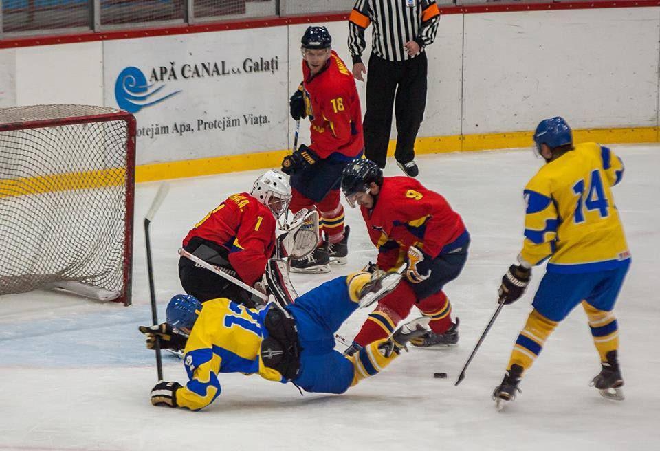 Echipele României au pierdut la debut, în Euro IceHockey Challenge. Mai buni la bătaie!