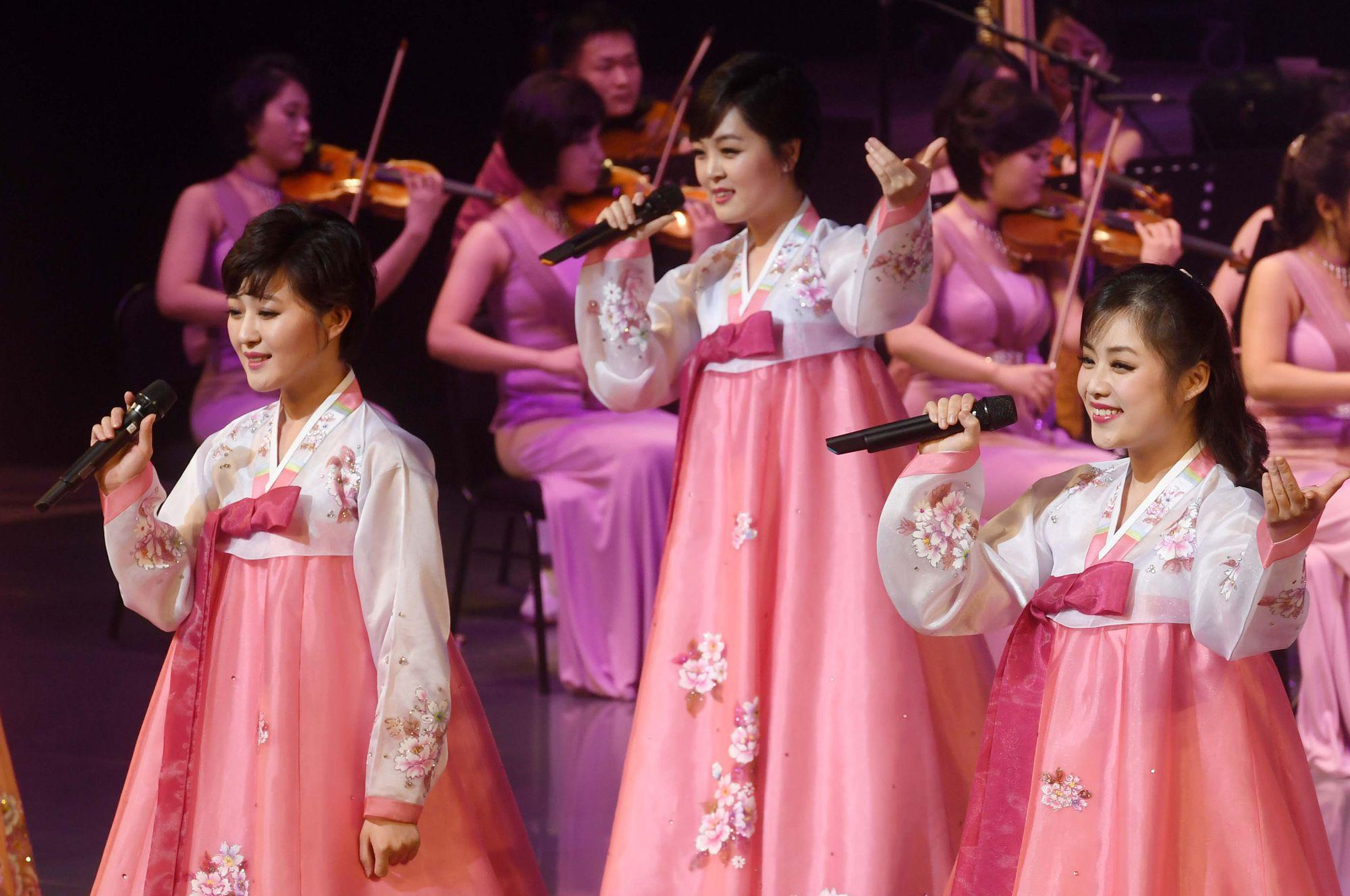 North Korean art troupe Samjiyon Orchestra performs in Gangneung