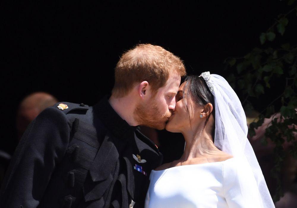 Prințul Harry și Meghan Markle au fost declarați soț și soție (FOTO: EPA)
