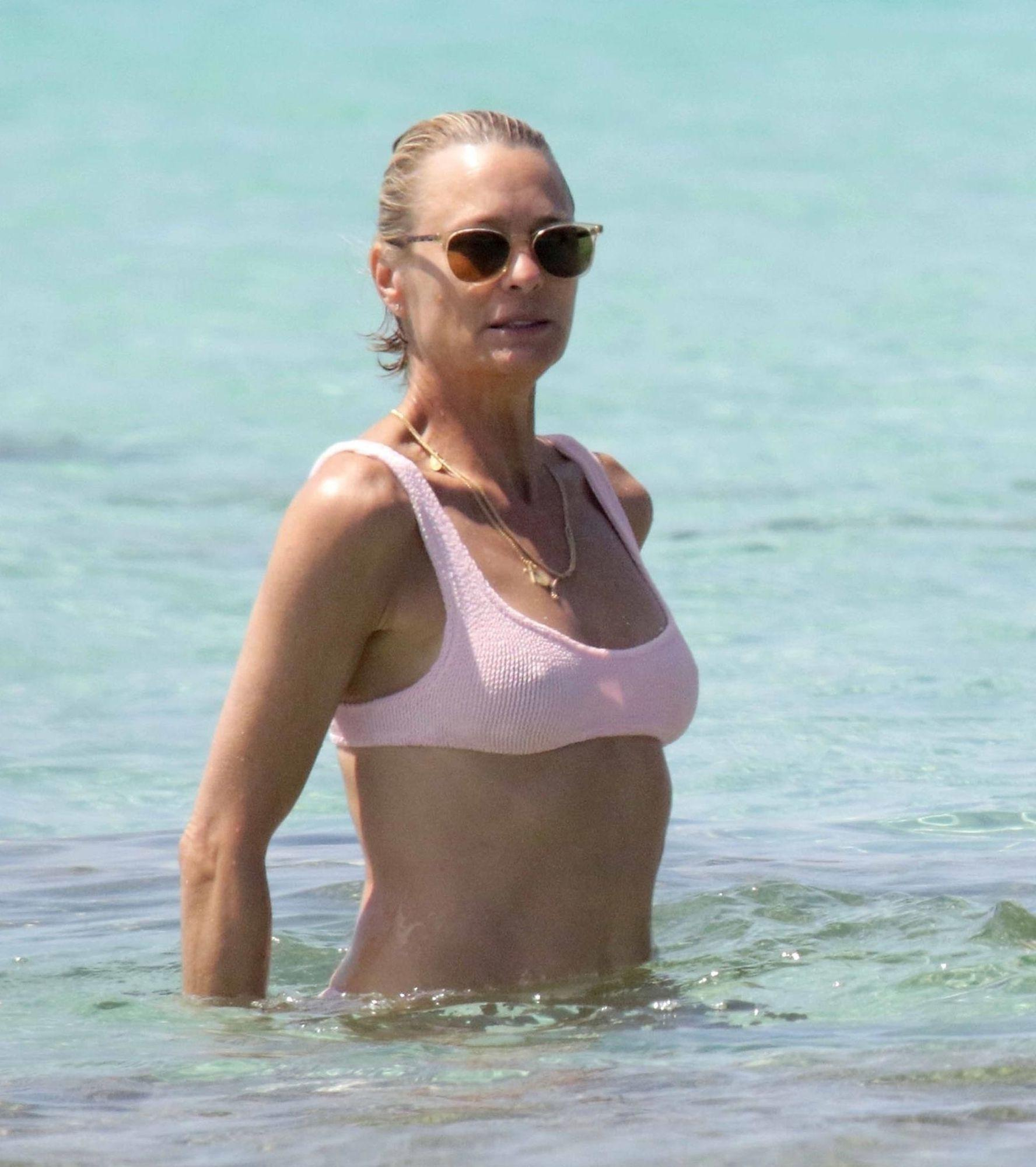 *EXCLUSIVE* Robin Wright and Clement Giraudet show PDA on holiday in Formentera
