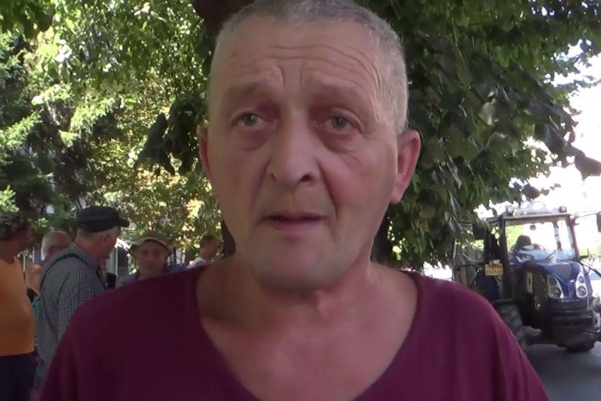 un bărbat din Slatina care cauta Femei divorțată din Reșița)