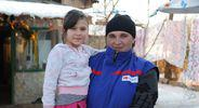 """VIDEO România și privilegiul de a trăi într-o familie cu posibilități – """"Aș fi vrut să mă înfieze și pe mine!"""", spune una dintre surorile lui Victor Dăncilă"""