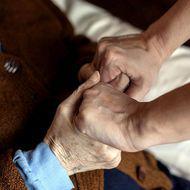O femeie care lucra ca îngrijitoare în Germania a fost concediată după opt luni la program zi-lumină
