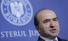 """Opoziţia a depus moţiunea """"Ministrul Justiţiei, un ministru de nota 4"""". Se cere demiterea lui Tudorel Toader"""