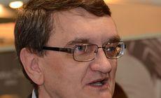 Victor Ciorbea și-a delegat atribuțiile unui adjunct, dar nu și pe cea de sesizare la CCR a ordonanțelor