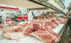Carnea de porc cu risc de pestă din Ungaria, pe rafturile unor magazine din București. Marfa a fost confiscată
