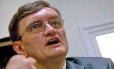Victor Ciorbea susține că și-a programat concediul în SUA de șase luni. N-a explicat dacă și-a delegat sau nu competențele altcuiva