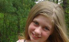 Căutarea disperată a unei fetițe de 13 ani după ce părinții ei au fost găsiți împușcați în casa lor