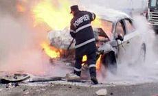 Groaznic accident de circulație în Mureș. Un mort și șapte răniți, unul din autovehicule a luat foc