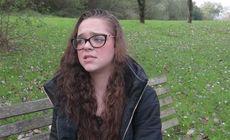 O fetiță a fost violată de propriul tată, la vârsta de șase ani. Copila a fost bătută cu cureaua și forțată să facă baie în gheață