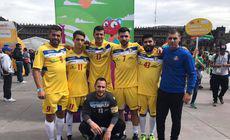 Salvați de fotbal! România este reprezentată la CM al homleșilor de foști dependenți de heroină, hoți, traficanți de bani falși și orfani