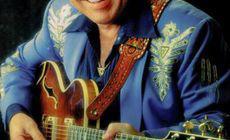 Chitaristul american de country și prezentator tv, Roy Clark, a murit