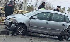 Două fetițe din Iași au ajuns de urgență la spital. Andreea și Sofia, implicate într-un carambol cu trei mașini