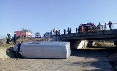 Un microbuz cu zece persoane la bord a fost implicat într-un accident în Mureș. Care e starea victimelor