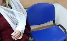 Medicii din Cluj i-au fixat unei femei mâna ruptă cu o bucată de carton! Femeia a așteptat șase ore la urgențe, având dureri groaznice