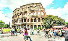Noi reguli pentru turiștii care vizitează Roma. Pentru ce gesturi riscă să fie amendați