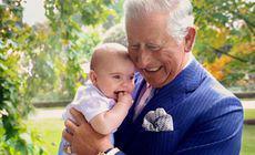 FOTO | Prințul Charles în ipostază de bunic. Fotografia alături de nepotul lui, Prințul Louis, a ajuns virală pe internet