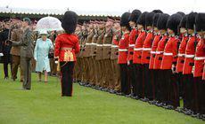 Mai mulți soldați din Garda Reginei Marii Britanii au fost arestați