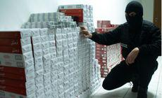 Polițiștilor nu le-a venit să creadă când au văzut ce ascunde un bucureștean în apartament. L-au reținut imediat!