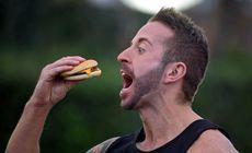 FOTO | Ce a pățit un bărbat după ce a mâncat doar McDonald's timp de 30 de zile