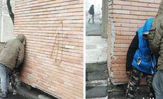 """Alți doi tineri drogați cu """"zombie"""" au fost filmați pe străzile din Oradea. Imagini terifiante"""