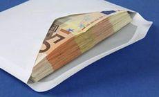 Un bărbat a rămas fără plicul cu banii câștigați la muncă în străinătate. Unde a fost jefuit