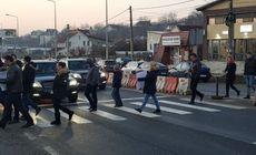 Locuitorii din Valea Lupului pregătesc un nou protest pe trecerea unde a fost lovită Ana Maria Tănasă. Gestul cutremurător al unui protestatar: vrea să iasă pe stradă cu un sicriu de copil!