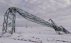 """""""Exact ca-n Evul Mediu""""! Peste 45.000 de familii nu au curent electric și zeci de localități sunt fără apă, în Timiș și Caraș, la o zi după codul portocaliu"""