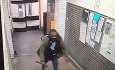 VIDEO | Momentul în care un bărbat intră cu un topor într-un supermarket și fugărește clienții