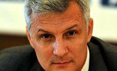 """Scandal în coaliţie. Liderul senatorilor ALDE, Daniel Zamfir, anunţă că nu îl va vota pe Mugur Isărescu la şefia BNR: """"Sper să fie mulți parlamentari care să facă la fel"""". Social-democraţii, luaţi prin surprindere de decizia conducerii"""