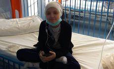 """Povestea cutremurătoare a fetiţei din Iași care suferă de cancer. S-a rugat """"să meargă sus, la Dumnezeu, că acolo nu e durere"""""""