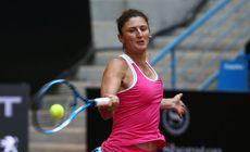 LIVETEXT Pauline Parmentier – Irina Begu | Irina s-a accidentat în decisiv și a pierdut meciul. Franța – România 2-2!