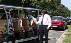 FOTO | O plimbare de 30.000 de euro! Minibuzele turistice cumpărate de Primăria Timișoara în 2014 au ieșit pe traseu doar la inaugurare