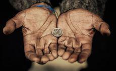 Cei mai bogați 26 de oameni din lume au tot atâția bani cât cea mai săracă jumătate a populației