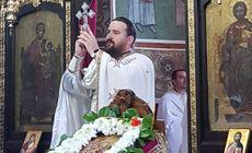 """Un călugăr bistrițean propovăduiește cuvântul Domnului pe rețelele de socializare și are un număr uriaș de enoriași """"virtuali"""""""