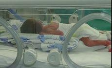 Bebeluș născut cu inima în afara corpului, în Bolivia. Tatăl a dus fetița 200 de kilometri cu mașina