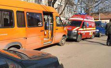 O fetiță din Zalău a murit după ce a căzut dintr-un microbuz aflat în mers!