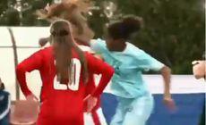 VIDEO | Bătaie între fotbaliste minore! S-a întâmplat la un meci internațional