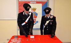 O menajeră româncă din Italia a fost arestată după ce s-a lăudat pe Facebook cu bijuteriile furate