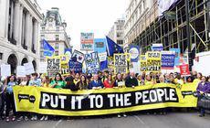 FOTO | Sute de mii de oameni sunt așteptați să protesteze la Londra pentru a cere un nou referendum pe Brexit