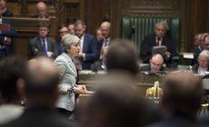 Parlamentarii britanici au votat pentru a prelua controlul asupra Brexit-ului. Trei secretari de stat au demisionat în dezacord cu Theresa May