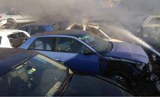 Incendiu la un parc de dezmembrări auto din Prahova. Flăcările au distrus mai multe caroserii (VIDEO)