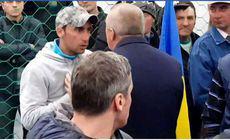 """Mesajul tânărului care l-a înfruntat pe Liviu Dragnea la Suceava: """"Să fie unitate între noi cei care ne-am săturat şi să ieşim la vot"""""""