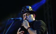"""Damian Drăghici se reinventează la 49 de ani și dă muzica țigănească pe cea populară. """"O să cânt folclor, la nai"""""""