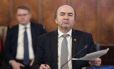 Încep atacurile la Tudorel Toader. Ministrul Transporturilor îl acuză că a blocat Ordonanţa pe achiziţii publice. Ce replică i-a dat fostul ministru