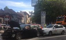 Accident cu cinci mașini în apropierea Bursei de Valori din București. Cel puțin patru victime în urma ciocnirii / FOTO