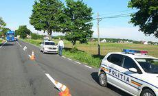 Un mort a fost descoperit pe marginea unui drum din Neamț. Poliția a oprit circulația în zonă
